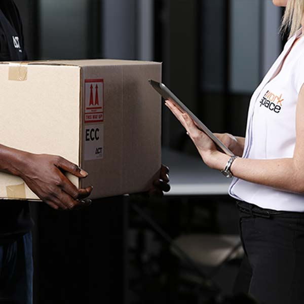 How to Use a Tracking Number