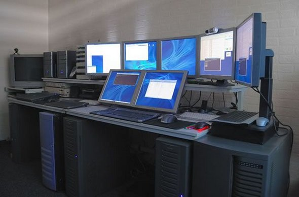 what is a workstation computer 2